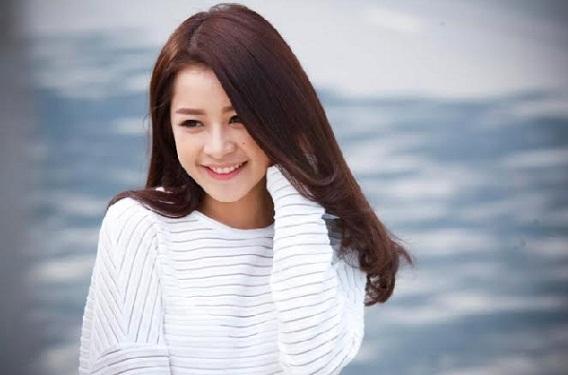 20141216-nhan-sac-4-hot-girl-viet-thua-nhan-dong-cham-dao-keo-6.jpg