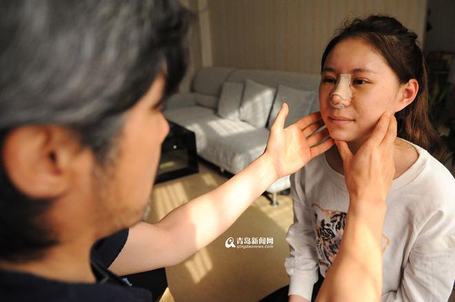 co-gai-trung-quoc-phau-thuat-tham-my-vi-luoi-make-up8.jpg