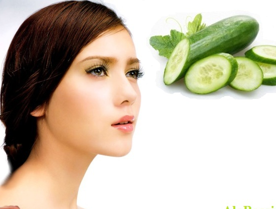 Cách trị mụn thâm với Vitamin E