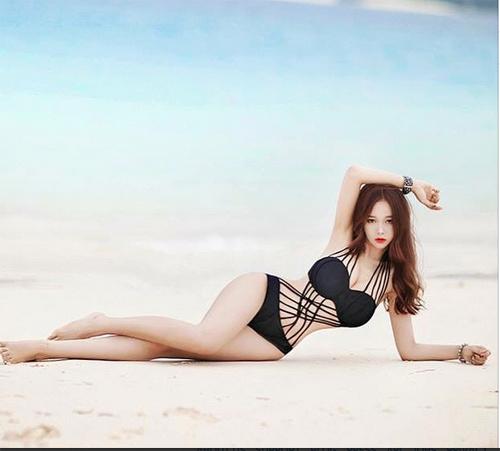 hot-girl-noi-tieng-vi-kieu-lam-dep-ky-di-10.jpg