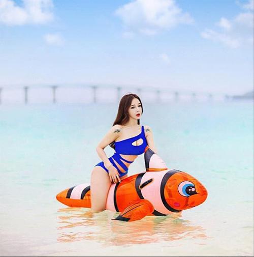 hot-girl-noi-tieng-vi-kieu-lam-dep-ky-di-13.jpg